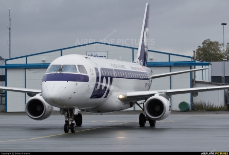 LOT Polish Airlines Embraer E175