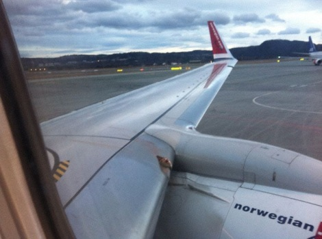 Norwegian Air Shuttle Boeing B737-800 Birdstrike