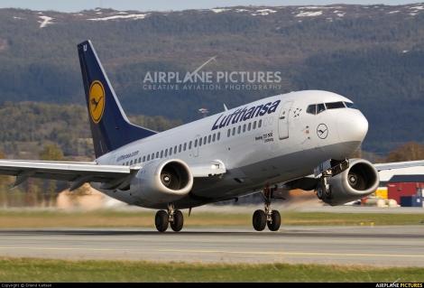 Lufthansa Boeing B737-500
