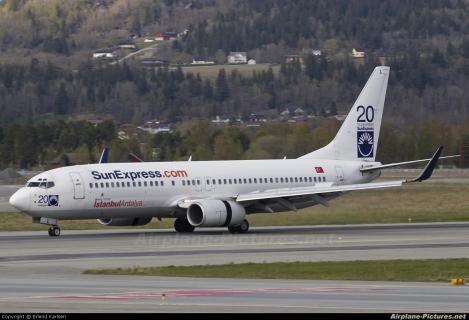 SunExpress Boeing B737-800