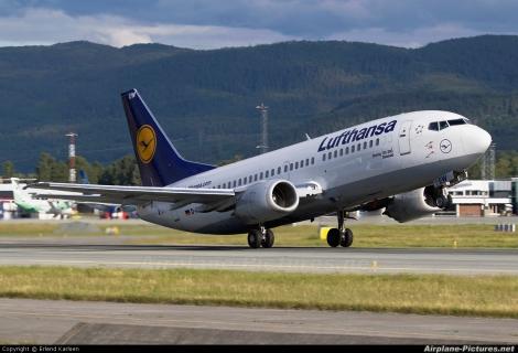 Lufthansa Boeing B737-300