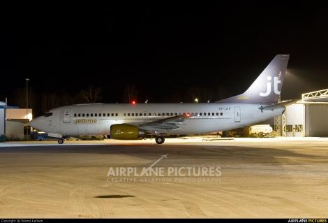 JetTime Boeing B737-300QC