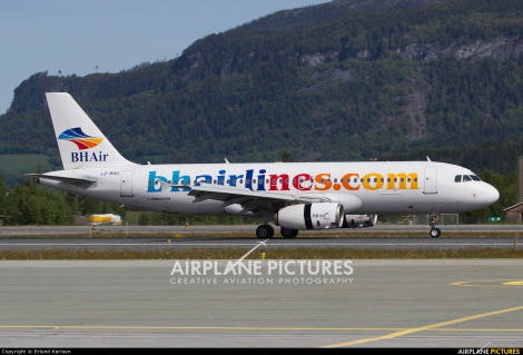 Balkan Holidays Airlines Airbus A320