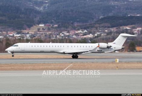 Adria Airways Canadair CRJ900