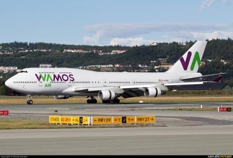 Wamos Air Boeing B747-400