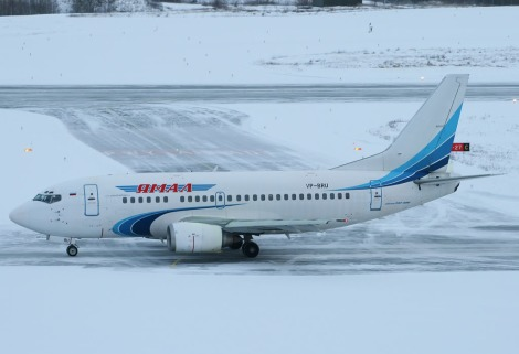 Yamal Airlines Boeing B737-500