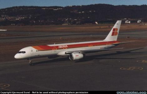 Iberia Boeing B757-200