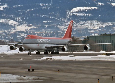 Northwest Airlines Boeing B747-200B