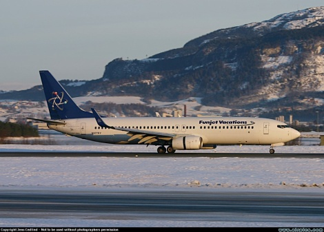 Funjet Vacations / Ryan Air International Boeing B737-800