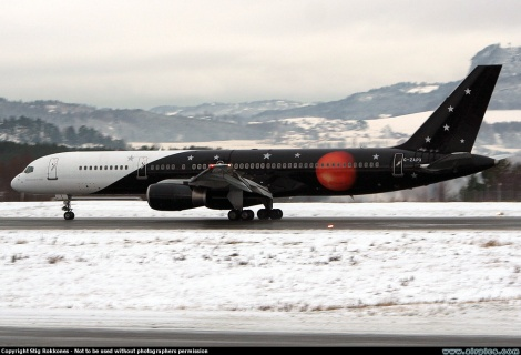 Titan Airways Boeing B757-200