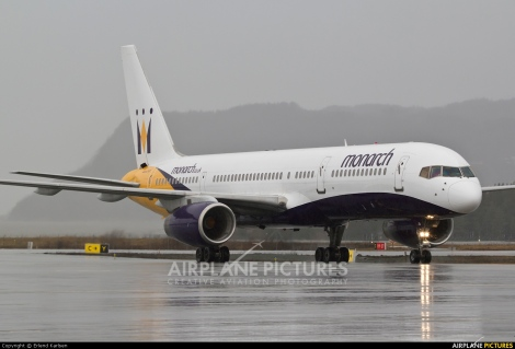 Monarch Airlines Boeing B757-200