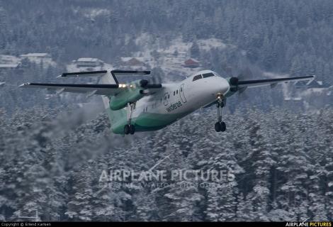 Widerøes Flyveselskap AS Dash 8 Q200