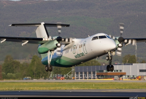 Widerøes Flyveselskap AS Dash 8 100