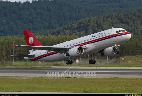 Meridiana Airbus A320