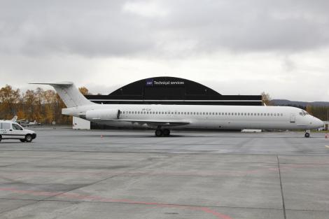 Khors Aircompany McDonnell Douglas MD83