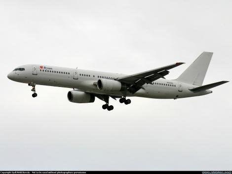 Ryan Air International Boeing B757-200