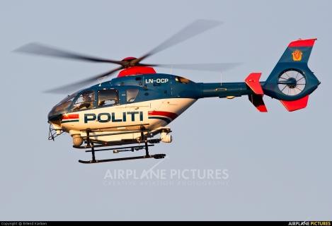 Pegasus Helicopter Eurocopter EC135  // Politihelikopter