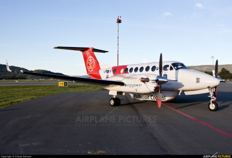 Sundt Air Kystverket Beechcraft King Air 300